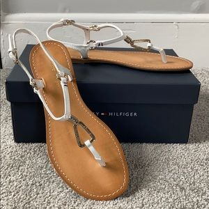 Tommy Hilfiger Leuca Flat Strappy Sandals